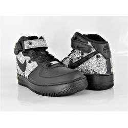 NIKE AIRE FORCE 1 MID TOTAL...